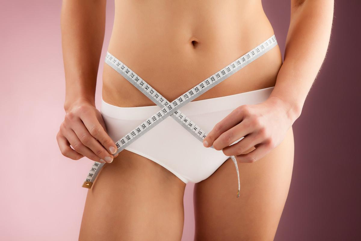 Как убрать кожу на животе при помощи фитнеса