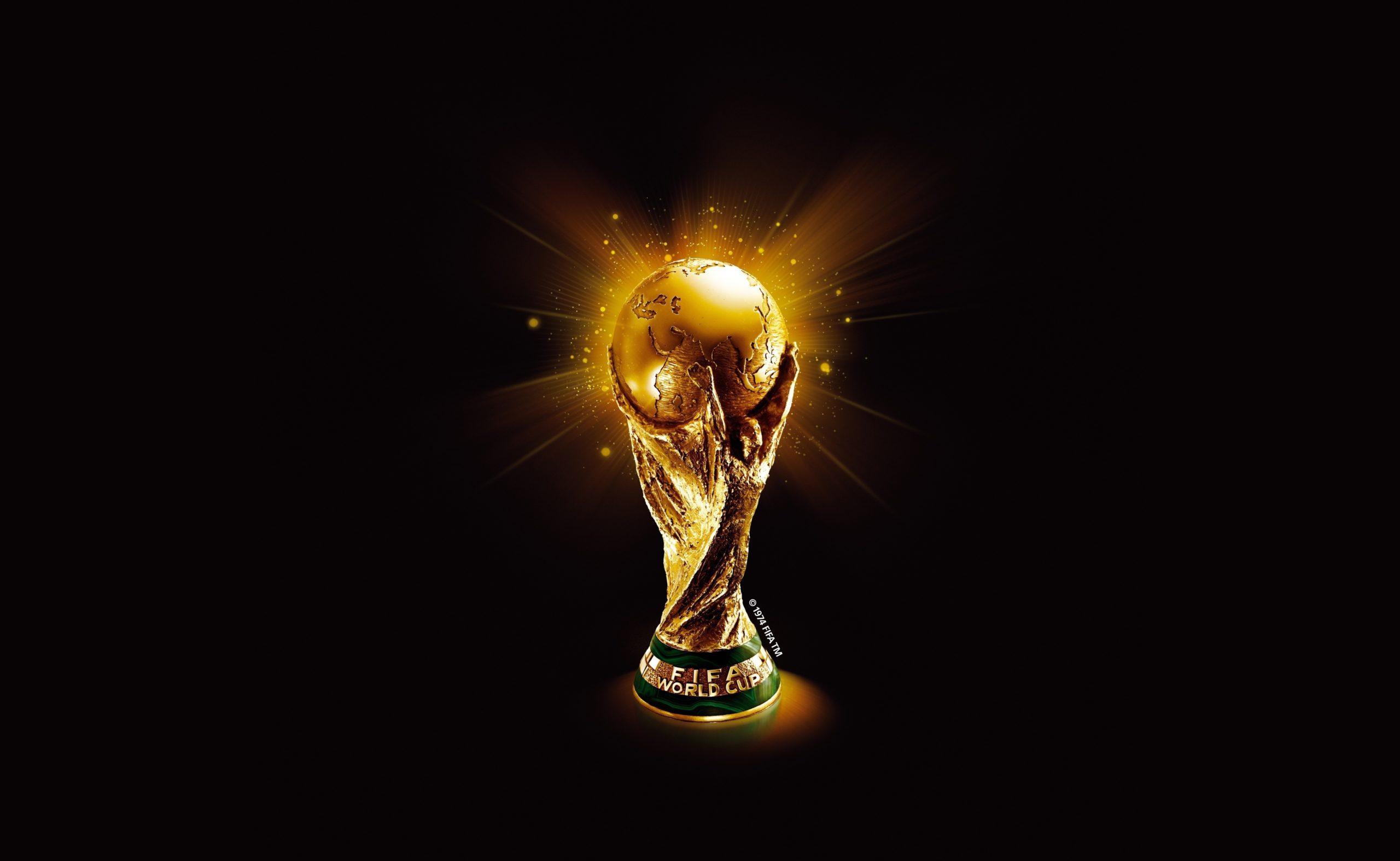 Украина, мир и футбол