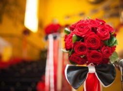 Незабываемые эмоции подарит доставка цветов