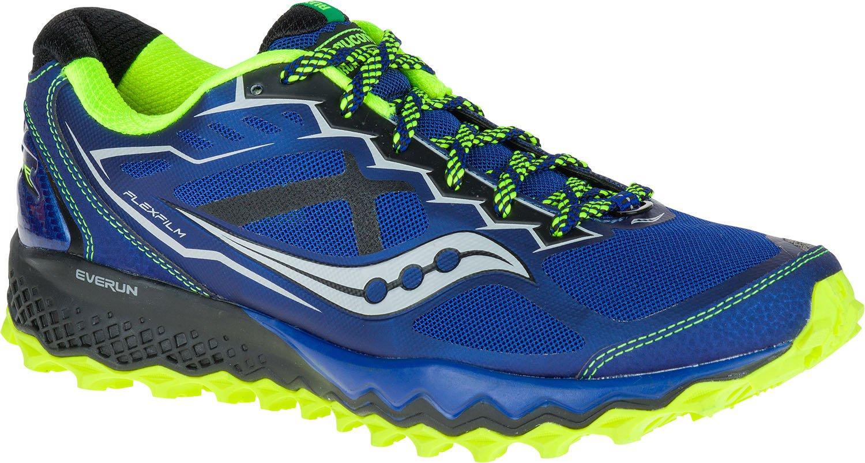 Спортивные кроссовки — обувь для людей любого возраста