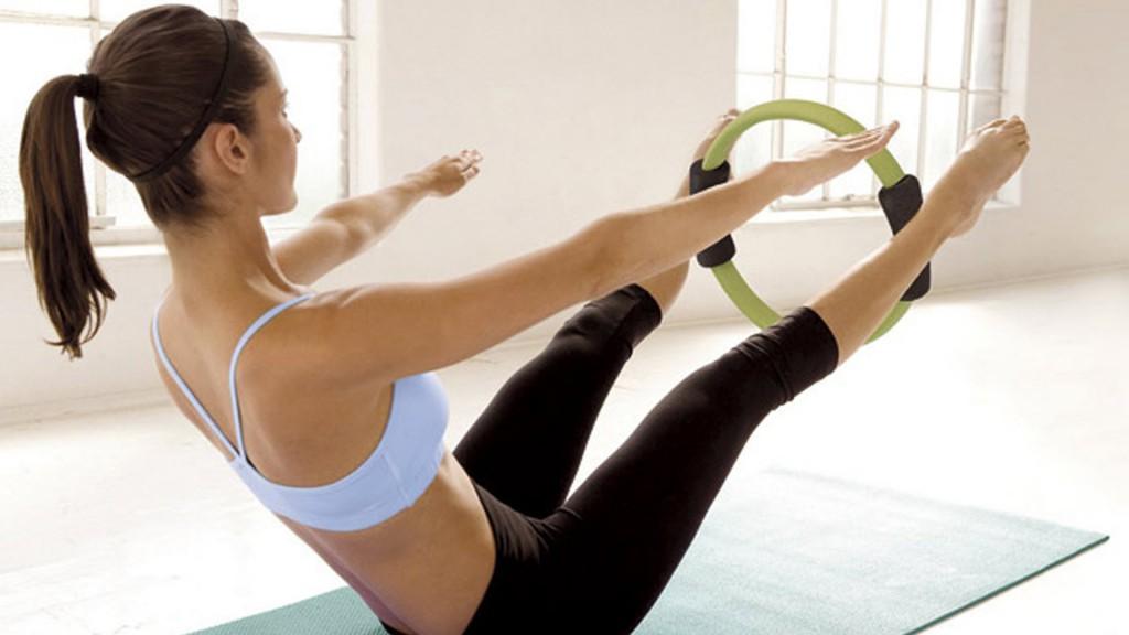 упражнения с кольцом для пилатеса