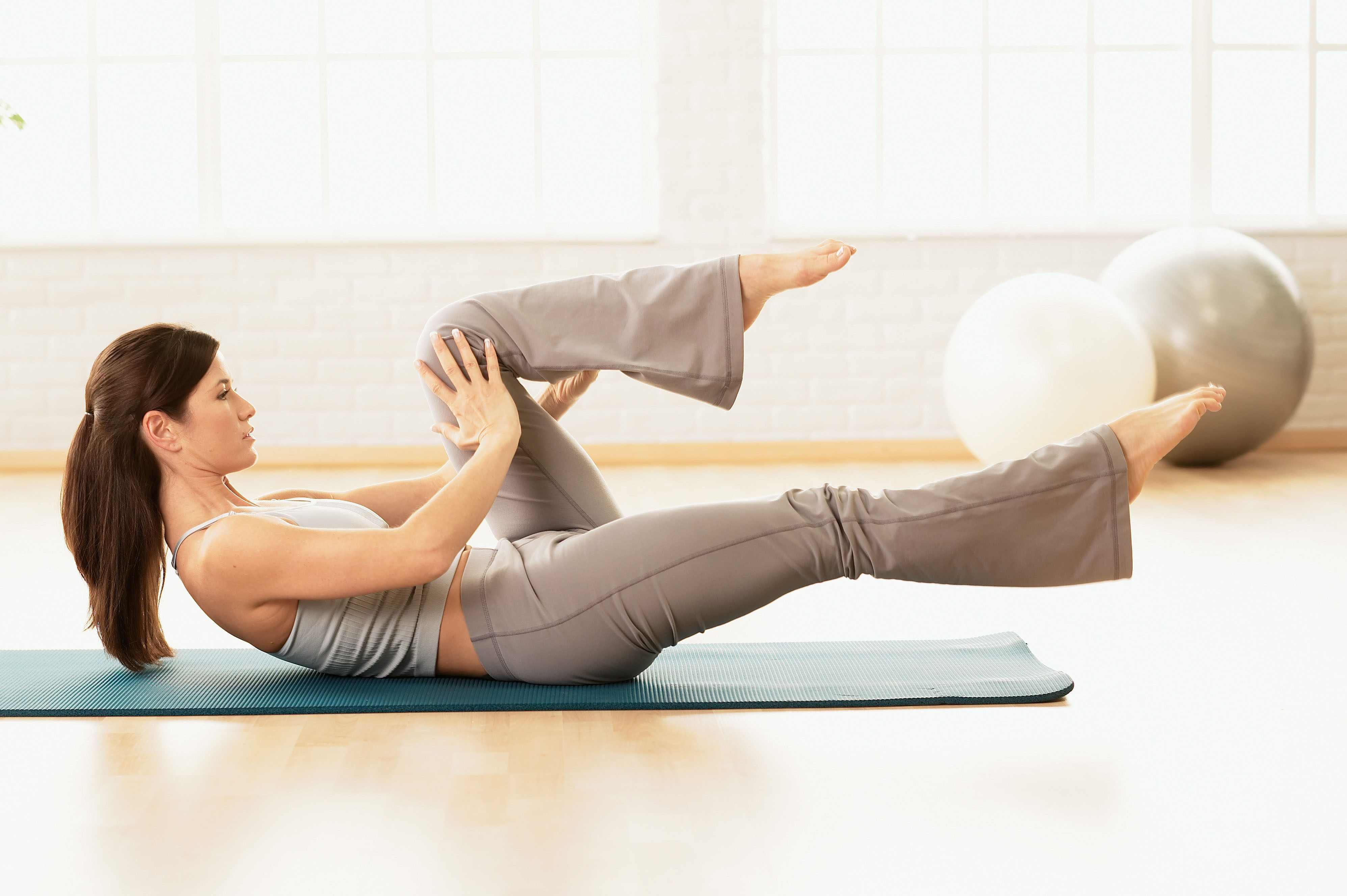 упражнения пилатес в домашних условиях