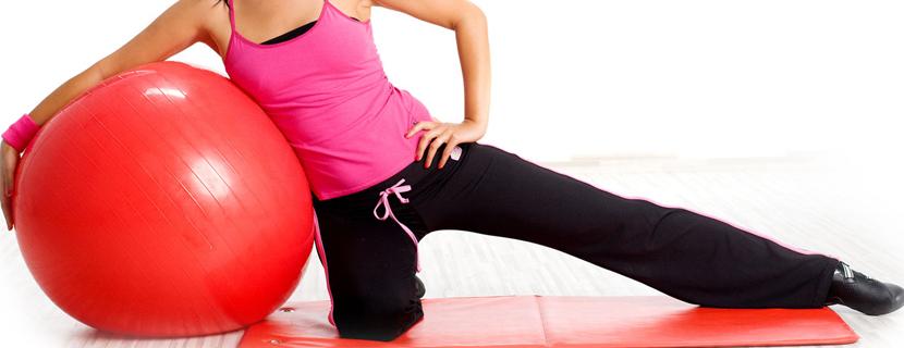 Фитнес-бол — универсальное средство для всех