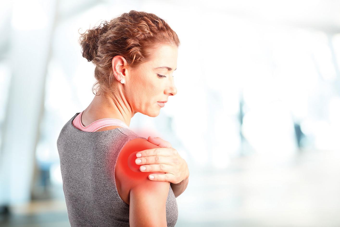 Как избавиться от боли в плечевом суставе после занятий фитнесом?